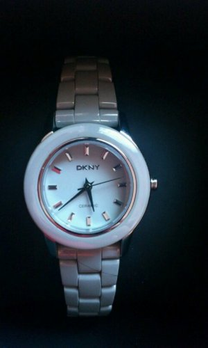 Neue DKNY Keramik-Uhr