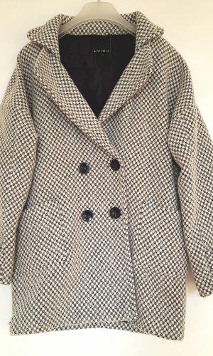 neue schwarz-weiße over-sized Amisu Winterjacke Größe 36