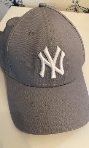 New Era Casquette plate gris clair-argenté