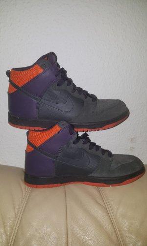 Nike Dunk High Basketballschuhe. Gr. 41