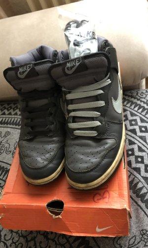 Nike Dunk mit Original Ersatz Schnürsenkel