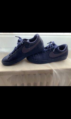 Nike Schuhe dunkelblau