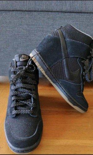 Nike Sneaker Dunk Sky High schwarz