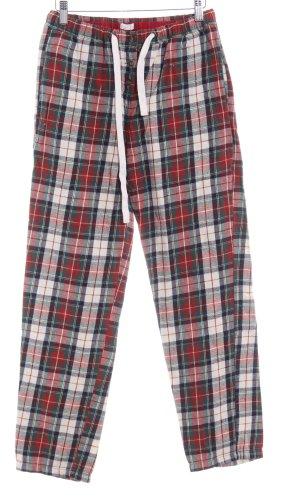 Oysho Pijama estampado a rayas look casual