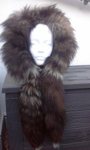 Écharpe à capuche brun noir-beige clair pelage
