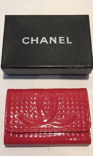 Chanel Key Case magenta leather