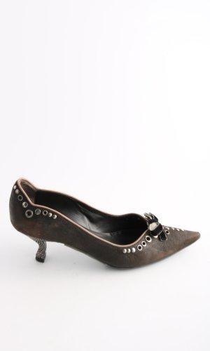 Prada Pointed Toe Pumps brown elegant