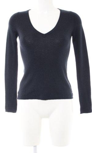 Prada V-Neck Sweater black casual look