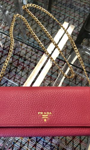 Prada Wallet on a Chain