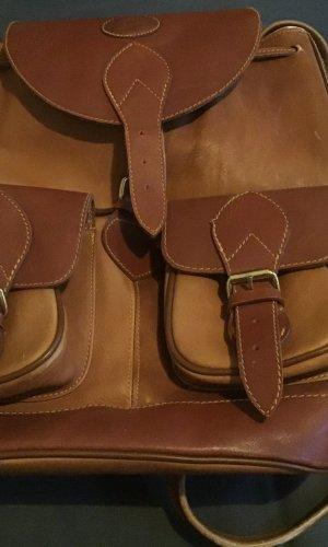 Earmuff light brown leather
