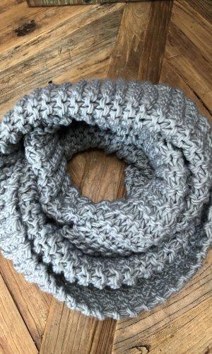 Écharpe ronde argenté-gris
