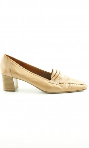 Sally O'Hara Trotteur creme Casual-Look