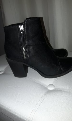 H&M Divided Botines negro