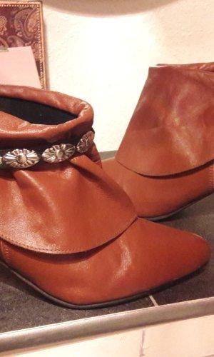 Cinturón de cadena negro-coñac