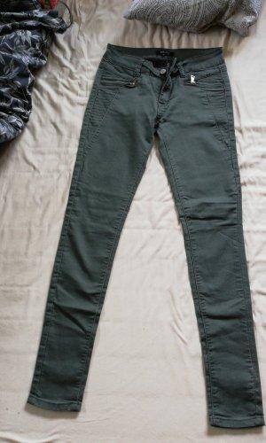 Pantalón elástico caqui