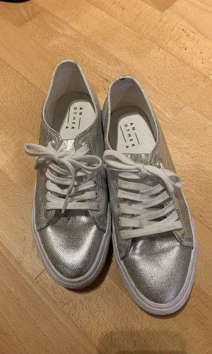 Tolle Silber sneaker Plateau gr  38