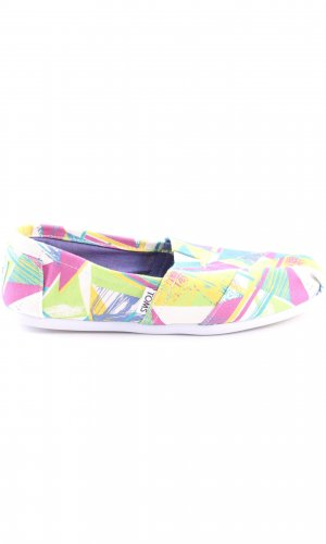 Toms Moccasins abstract pattern casual look