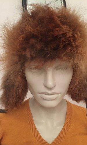 Chapeau en fourrure noir-orange clair