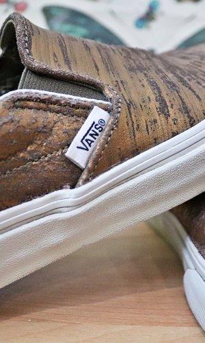 Vans Slip-On Sneaker (Bronze)