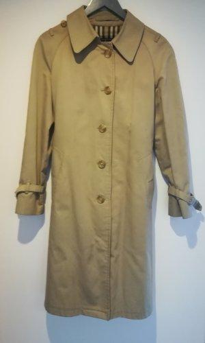 Vintage Burberry Trenchcoat