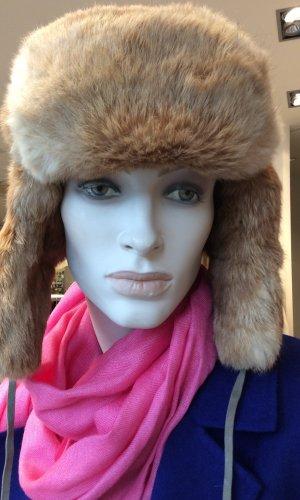 Chapeau en fourrure bronze-beige pelage