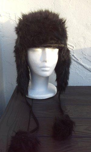 Chapeau en fourrure noir pelage