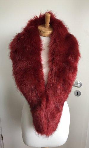 Écharpe à capuche rouge carmin-rouge foncé fourrure artificielle