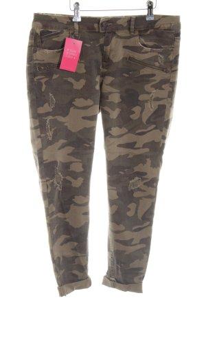 Zara Basic Skinny Jeans khaki-grün Street-Fashion-Look
