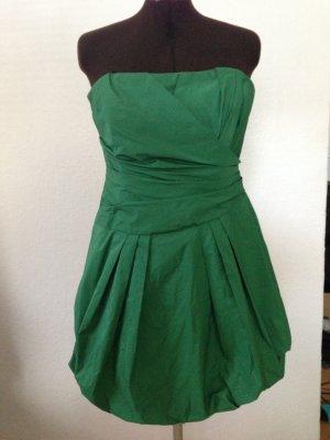 Apartes grünes Kleid