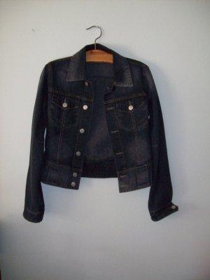 Jeansjacke blau Größe M bzw. 38