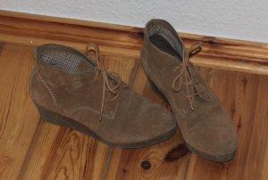 Keilabsatz Schuh - Größe 38 - nie getragen - Obermaterial Leder