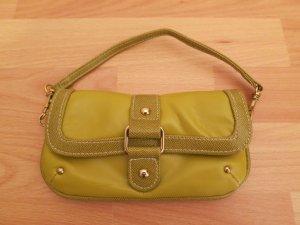 Kleine süße Clutch Tasche von Accessorize