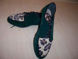 NEU Extravaganter Schuh mit Leofell dunkelgrün 36