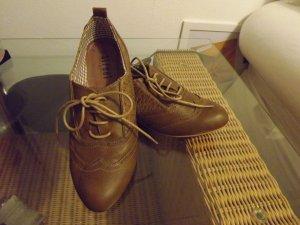 Niedliche Schuhe von Street Shoes Gr.40 NEU