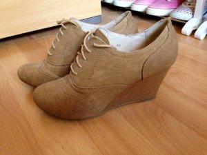 Schuhe *braun* mit Keilabsatz