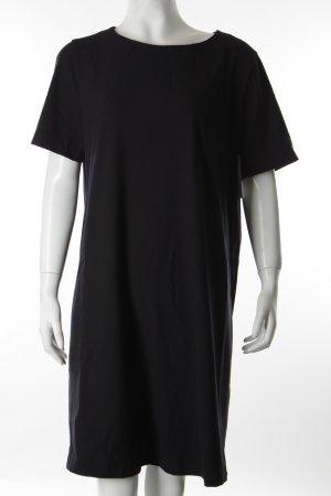 0039 Italy Etuikleid schwarz schlichter Stil