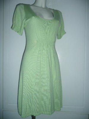 0039 Italy Kleid aus Feinstrick hellgrün Kaschmir + Seide M 38