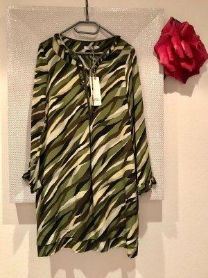 0039 Italy Robe trapèze multicolore soie