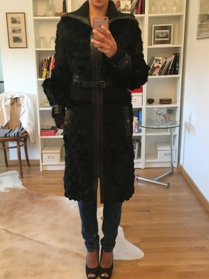 008 - Original Roberto Cavalli Fell Mantel schwarz Leder Gr. DE 36