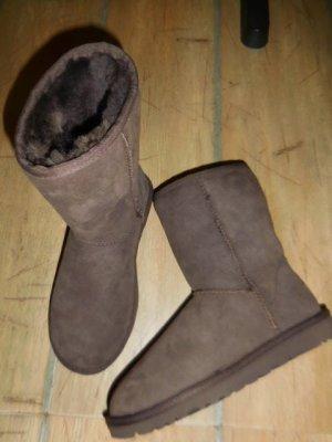UGG Australia Winter Boots dark brown leather