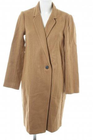 1--01 Babaton Between-Seasons-Coat camel casual look
