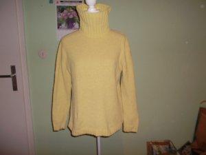 Maglione dolcevita menta-giallo lime