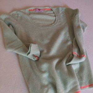 100% Cashmere-Pullover der Marke Herzangelegenheit
