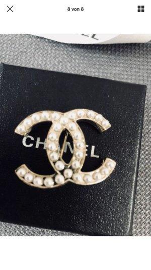 100%Orig.CHANEL Brosche CC Perlen Gold N.P.500€ Rechnung getragen