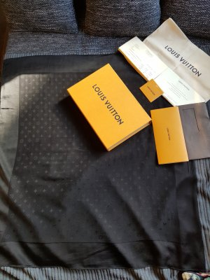 Louis Vuitton Halsdoek zwart Zijde