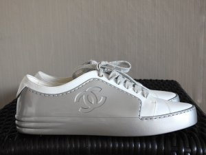 Chanel Sneaker stringata bianco-argento Pelle