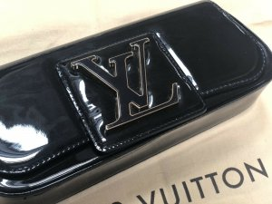 100% Originale Louis Vuitton Clutch, Pochette, Lackleder in Schwarz, M93822