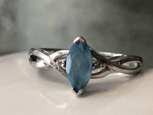 10k Weissgold Oval Aquamarin Diamant Ring Größe 55