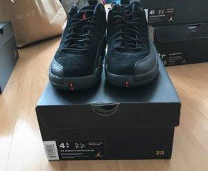 12 Jordan's
