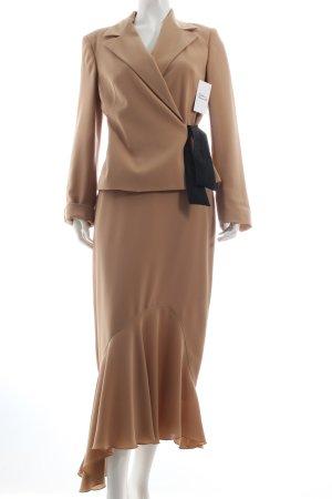 123 Kostüm camel Eleganz-Look